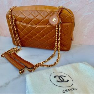 CHANEL 1980s 🌹 Camera Bag Caramel Lambskin Auth